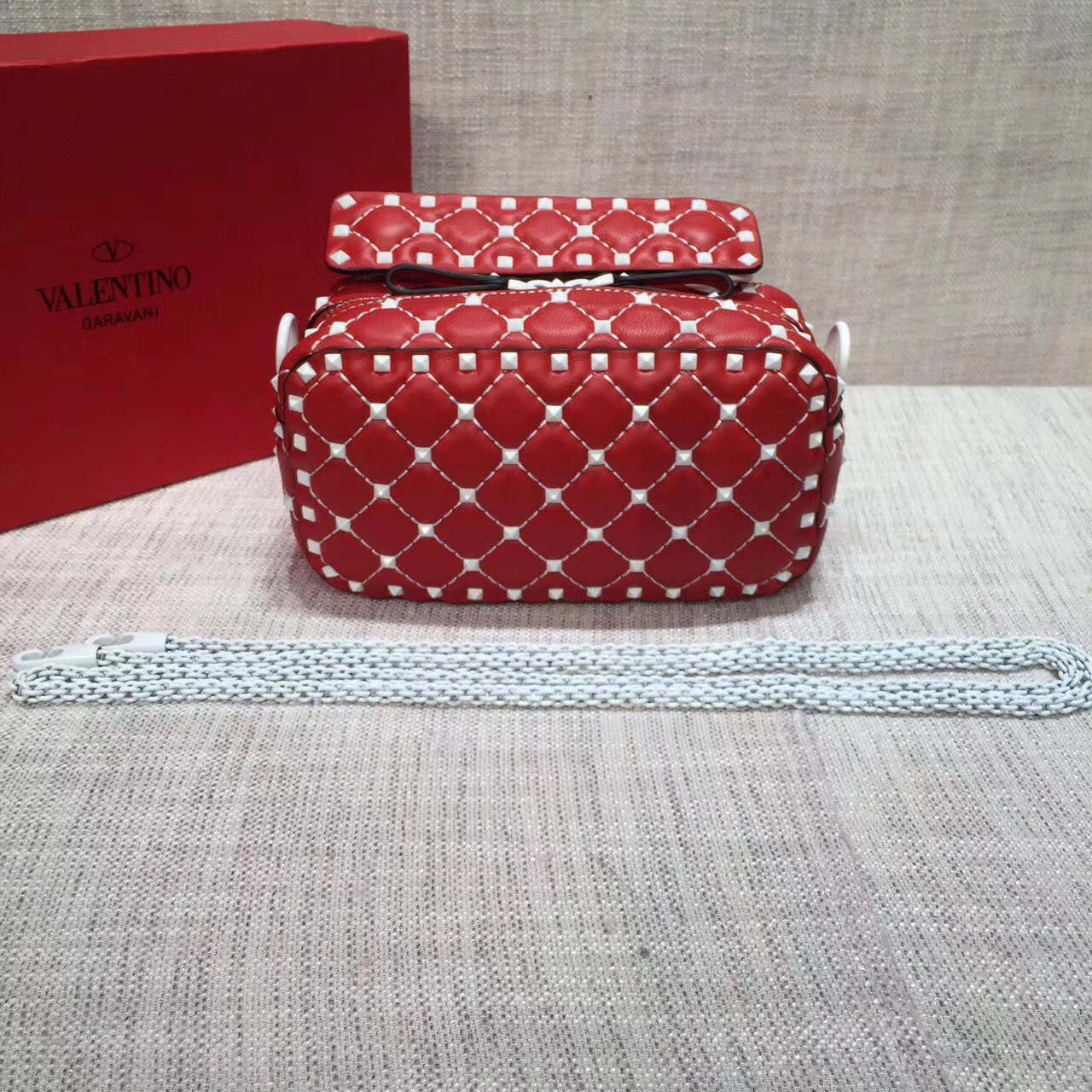 Valentino Free Rockstud Spike Camera Bag Red