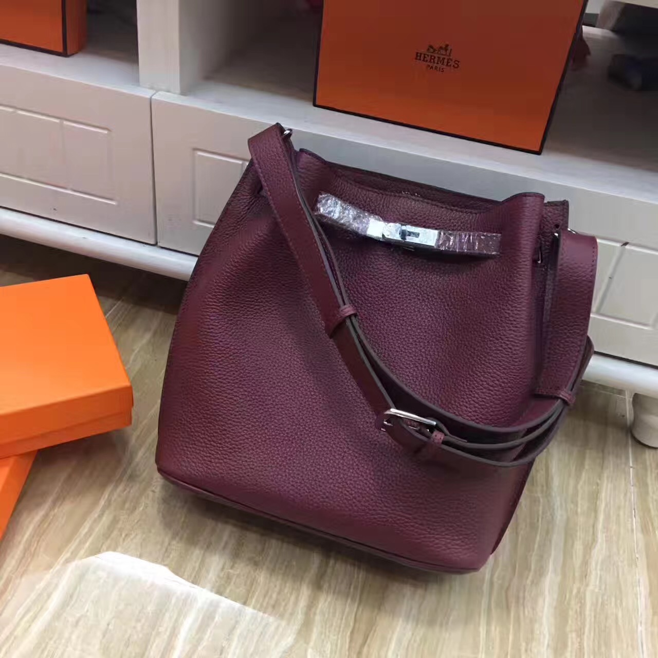 Hermes So Kelly 28cm Togo Leather Shoulder Bag Burgundy Silver