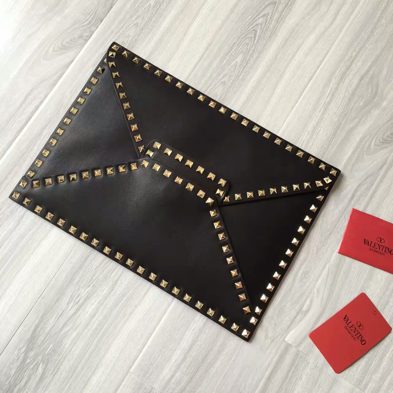 Valentino Rockstud Untitled Clutch Black Gold