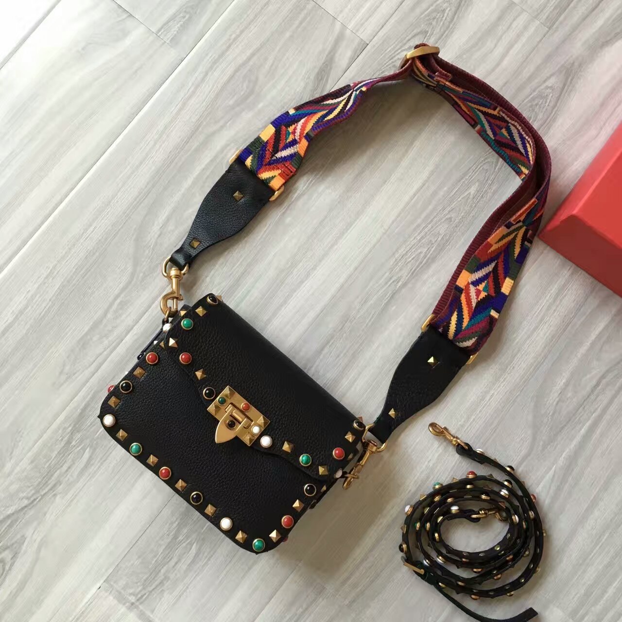Valentino Guitar Rockstud Rolling CrossBody Bag 19cm Black Colorful Stones