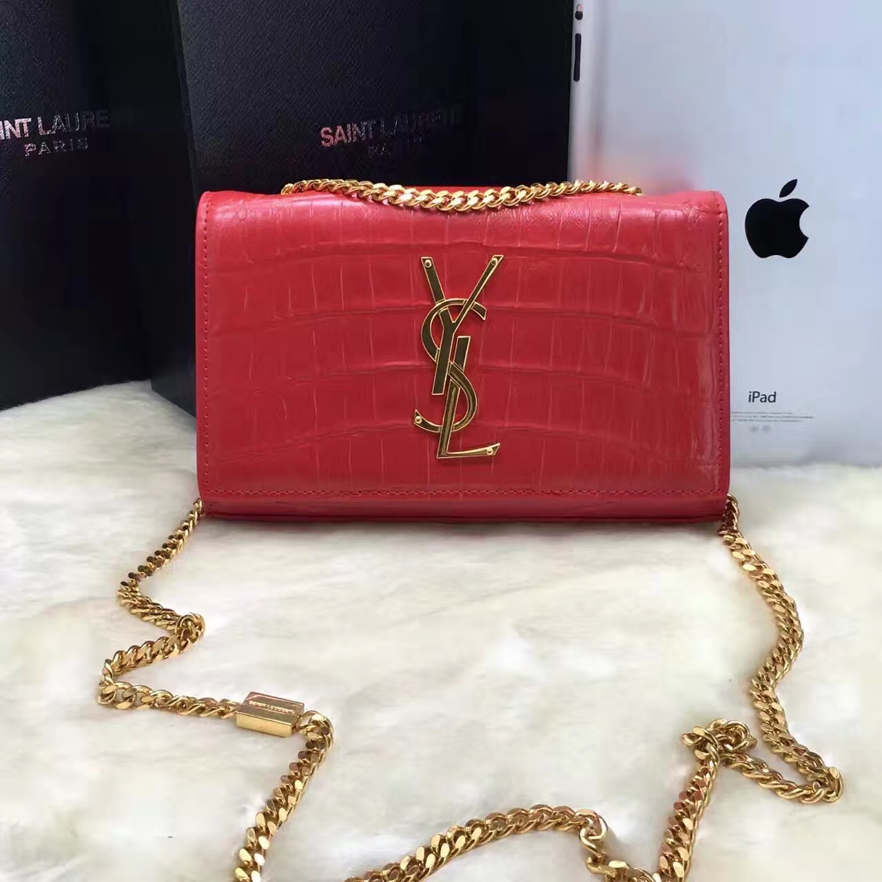 Authentic New Ysl Saint Lau Handbag 354119 C150j 6805 Calfskin Red Reebonz  Canada. Yves Saint Lau Shoulder Bags Vine c459a7ac6d18d